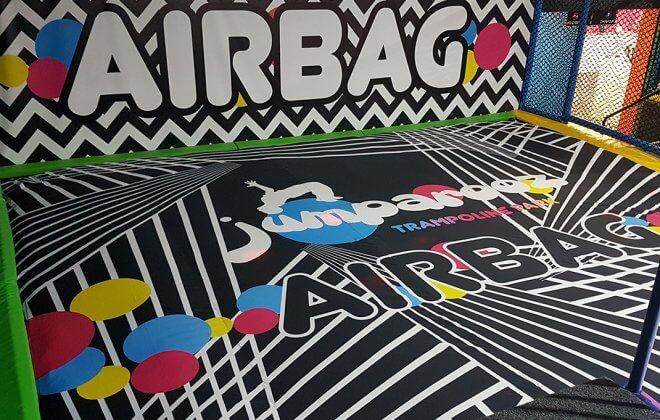 bagjump foam pit airbag jumparooz trampoline park