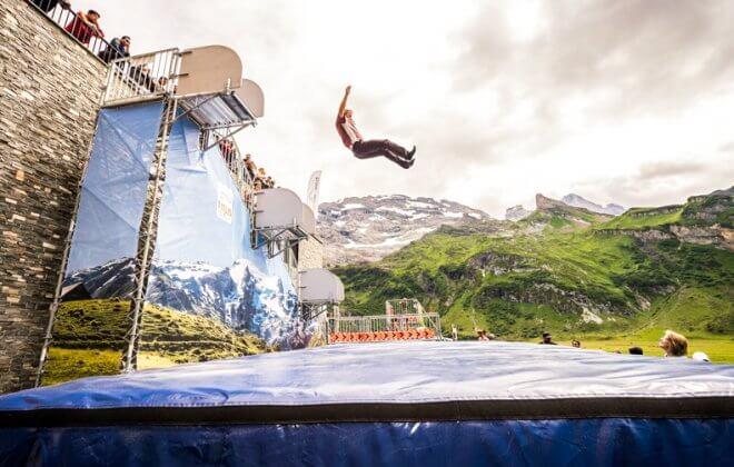 bagjump freedrop bagjump titlis engelberg airbag freefall jump
