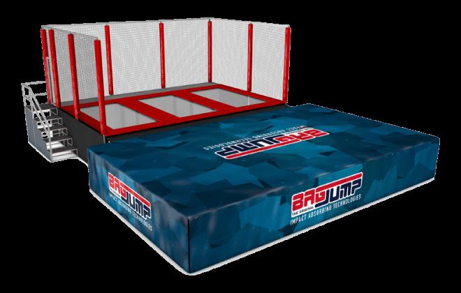 three-lane trampoline station airbag