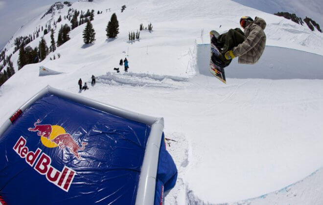 bagjump snowboard allround airbag red bull
