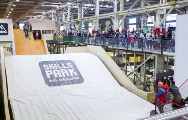 Bagjump Landing airbag at Skillspark Winterthur backflip