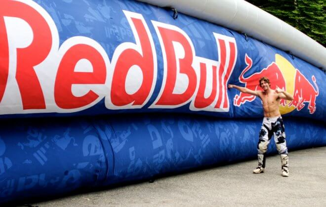 Bagjump allround airbag branding red bull travis pastrana