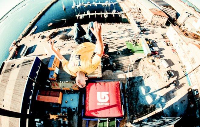 Burton freedrop bagjump airbag