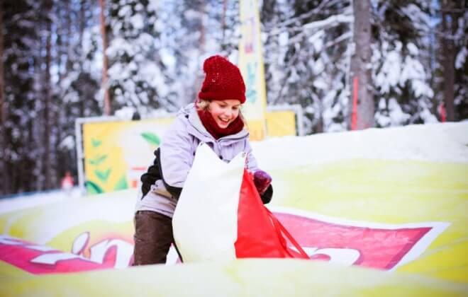 Lipton Tour Snowtube Bagjump airbag