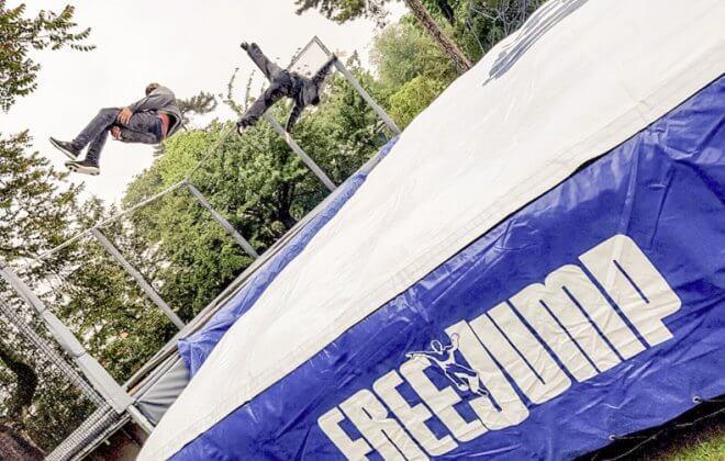 free jump trampoline Bagjump airbag station