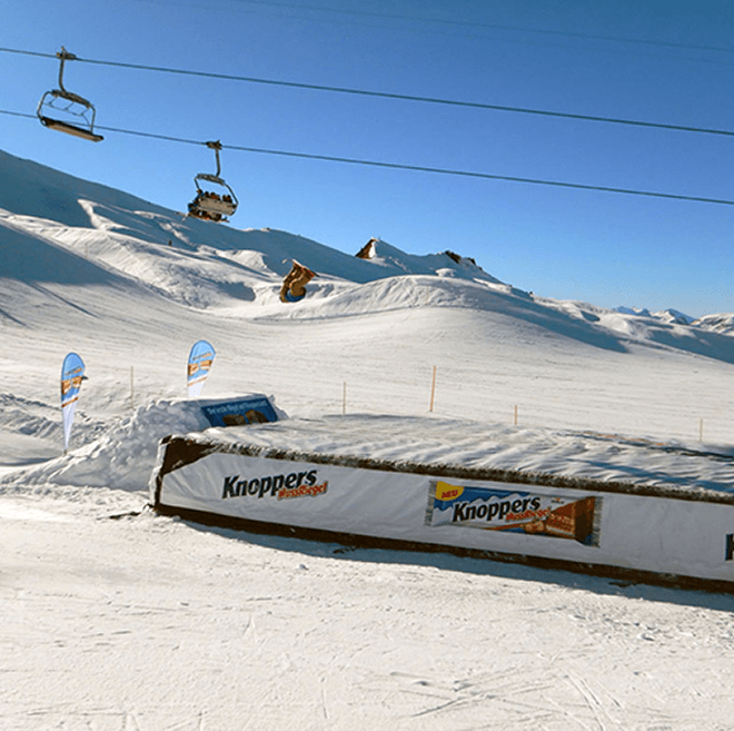 knoppers foam pit standalone airbag by Bagjump for Ischgl snowpark