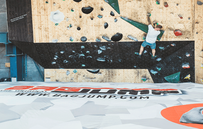 climbing airbag for climbing facilities by Bagjump Action Sports