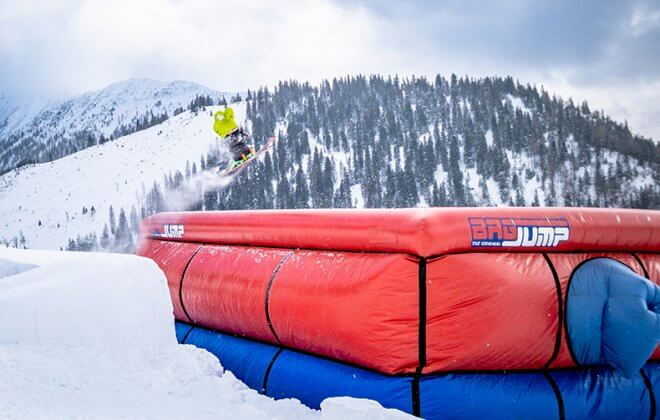 Bagjump Allround Airbag at skiresort Niederalp