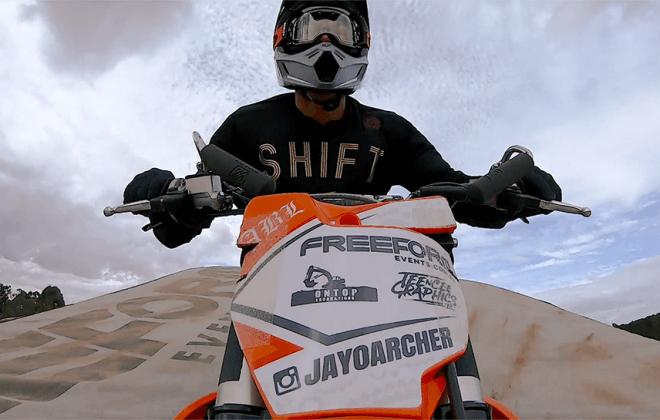 landing airbag, bagjump, fmx, jayo archer, freeform