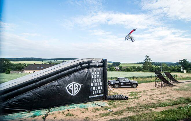 Bagjump Landing Bag for FMX - Rider Libor Podmol