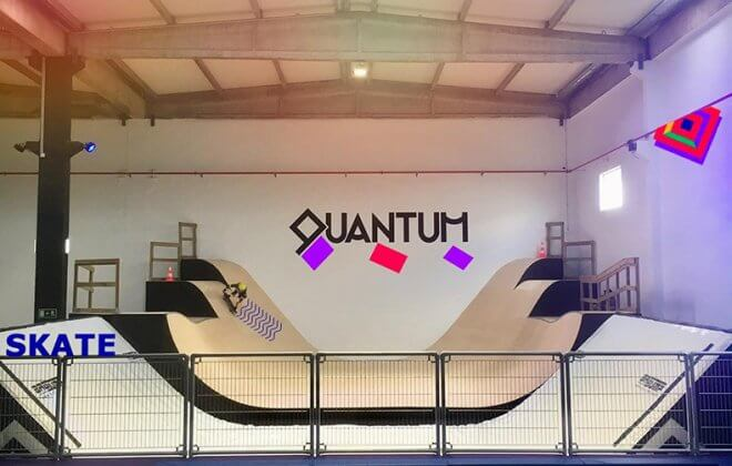 Bagjump Halfpipe Airbag at quantum indoor skatepark