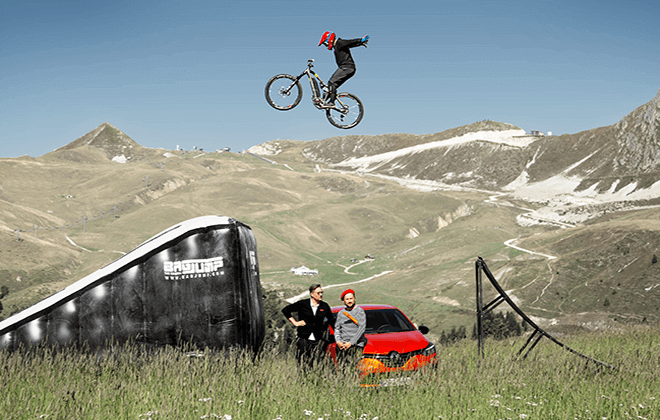 Bagjump_OnePiece Bike Landing_large_BMX_large_ride the world_france